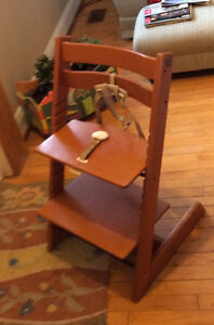 STOKES ADJUSTABLE CHILD's CHAIR