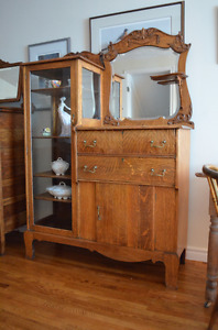 Solid Oak Antique China Cabinet/Buffet-Absolutely Beautiful