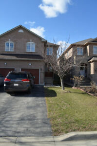 3 Bed Room Semi-Detached Home for Rent - Walking to Lisgar Go