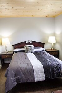 Beautiful 2 bedroom cottage for monthly rental