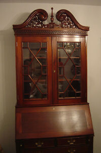Gorgeous Solid Mahogany Secretary Bookcase Cabinet/Desk