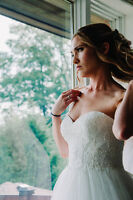 $500 OFF MODERN & ROMANTIC WEDDING PHOTOGRAPHY
