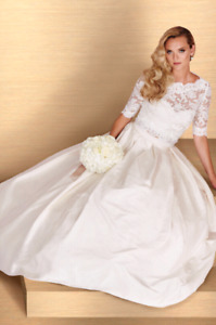 Wedding gowns/dresses for sale. Nothing over $2000