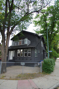 HUGE 4 bed + 1 bed basement suite - Motivated Seller! Regina Regina Area image 3