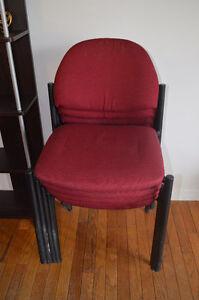 5 chaises en tissus rouge