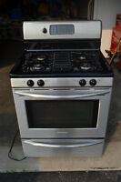 Fridgidaire Professional Stainless Steel Gas Stove