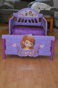 Sophia toddler bed