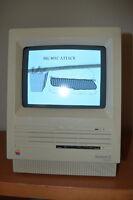 Vintage Apple Macintosh SE FDHD w/Keyboard & Mous