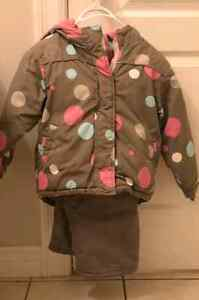Girl's  Coat and snowpants. Size 4/5