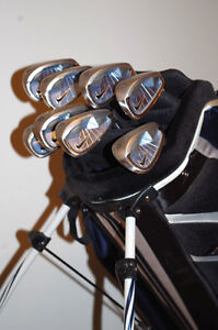 Women's RH Nike NDS Iron Set 4-PW,SW in Nike Stand Golf Bag