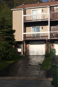 Townehouse, end unit on Quiet Cul de Sac in, Dartmouth.