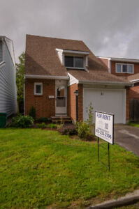 3 Bedroom single family home - Barrhaven