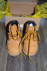 Timberland - Toddler 6 Inch Premium Boots (Size 4.5)