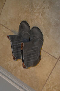 Gorgeous Grey European Leather Boots Kitchener / Waterloo Kitchener Area image 1