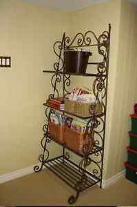 Bombay Wrought Iron Bakers Rack
