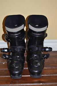 Women´s Salomon boots originaly size 9