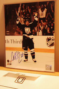 Martin St. Louis signed 8x10 with C.O.A