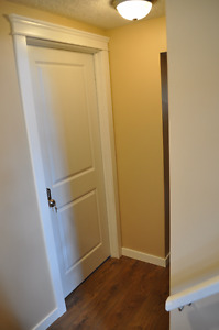 Private Room for Indian Female : 1 min walk to Whitehorn Ctrain