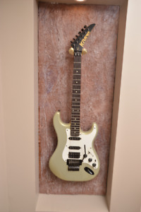 *PRICE DROP* Kramer F-3000 electric guitar with Floyd Rose