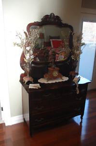 Antique dresser w/swivel mirror