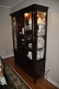 Lit Dining Room China Display Cabinet Solid Wood Cherry Finish