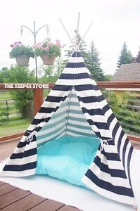 Teepee tipi wigwam play tent nautical style black and white Downtown-West End Greater Vancouver Area image 1