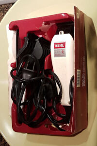 Wahl professional hair cutting set clippers with different sizes