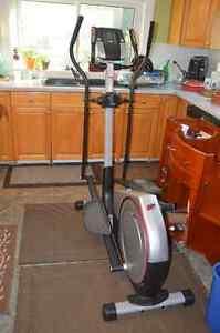 EXERCISE EQUIPMENT: Vibration, Treadmills, Ellipticals Kitchener / Waterloo Kitchener Area image 3