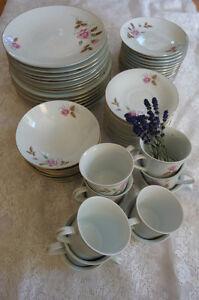 Vaisselle variée