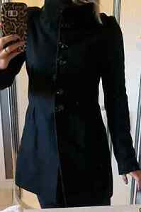 Small never worn, wool coat from le chateau size small