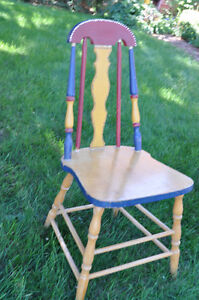 3 Wooden Painted Chairs- great for Chalk painting! Cambridge Kitchener Area image 2
