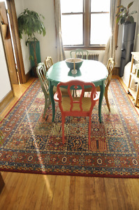 Vintage / Shabby Chic / Antique Rug