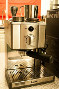 Breville Cafe Roma espresso maker + additional accessories