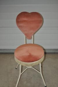 Vintage Make-Up Chair