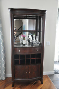 Solid wood Wine Bar Cabinet in Excellent condition