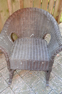 Brown Painted wicker Chair and foot stool Cambridge Kitchener Area image 2