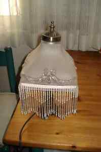 """15""""PEWTOR BASE TABLE LAMP WITH GLASS SHADE WITH HANGING GLASS ST Oakville / Halton Region Toronto (GTA) image 2"""
