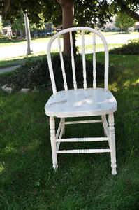 3 Wooden Painted Chairs- great for Chalk painting! Cambridge Kitchener Area image 6
