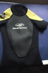 Stohlquist MM Super Stretch Shorty Wet Suit Youth Size Large