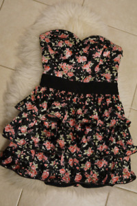 TOPSHOP UK Funky Floral Mini dress size S