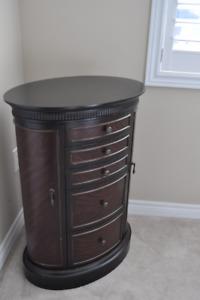 Timeless Elegant Wood Jewelry Box