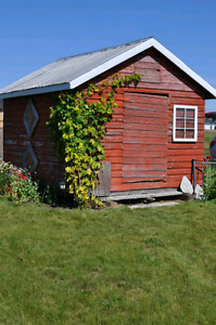 WANTED! Wood grainery to use as shed