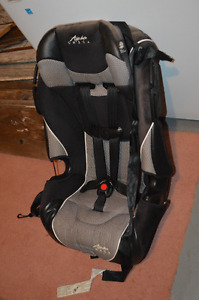 Safety 1st Car Seat in Tremendous Condition!
