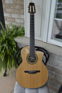 Takamine TC135SC Acoustic Electric Guitar