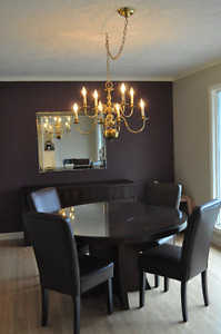Stylish dining table (seats 4-6) and matching side board buffet