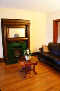 Very large 2 bedroom plus den, close to downtown