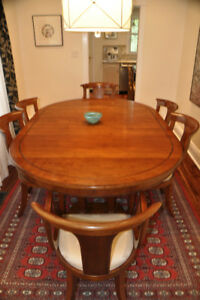 Stickley Dining Table and 6 chairs