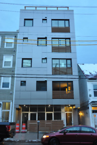 GOREGOUS 1 BEDROOM- DWTN HALIFAX - TOP FLOOR - SEPTEMBER 1ST