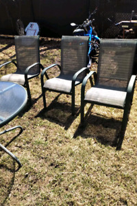 Table patio 3 chaises