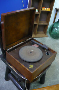 Vintage Record Player Wood Case Phonograph Music 78 33 Old